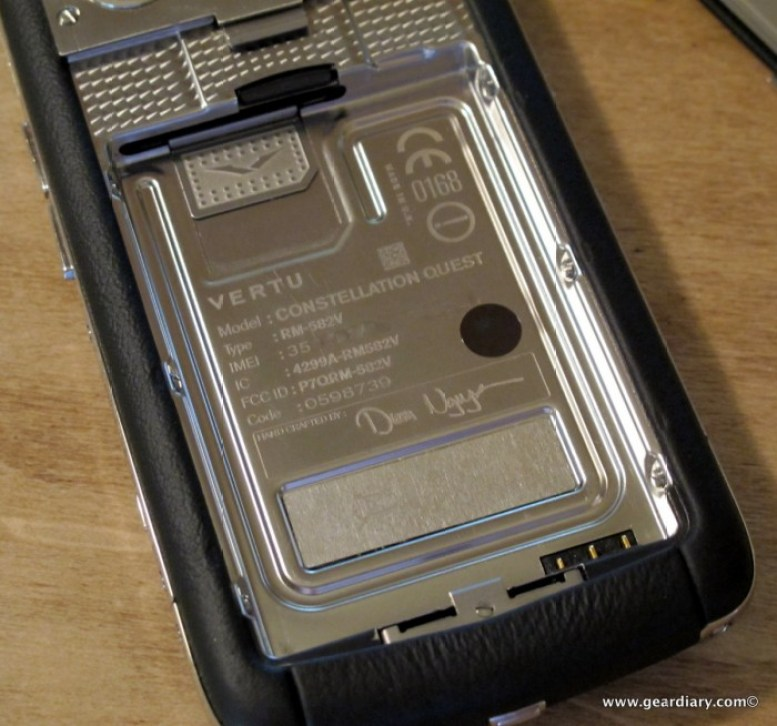 Vertu Constellation Quest Review - Vertu's First QWERTY Smartphone