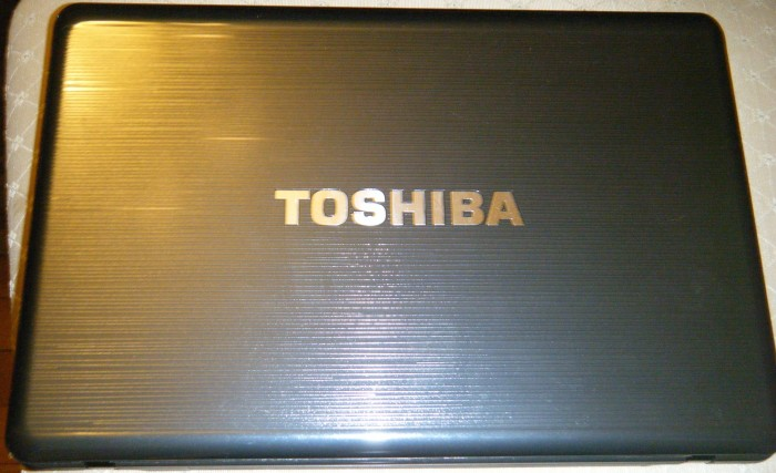 Notebook PC Review: Toshiba Satellite P745-S4250 Laptop