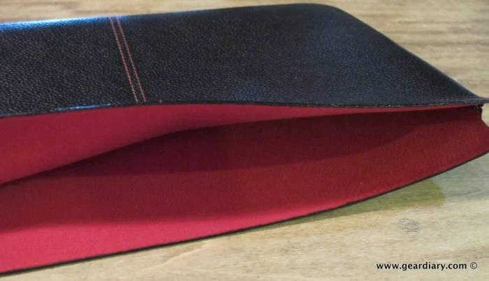 "GearDiary The Beyzacases MacBook Air 11"" Zero Series Case Review"