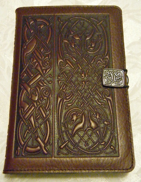 Oberon Design Celtic Hounds Kindle Fire Cover Review  Oberon Design Celtic Hounds Kindle Fire Cover Review