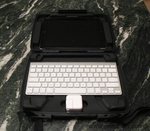Pelican i1075 HardBack Case for iPad and iPad 2 Review