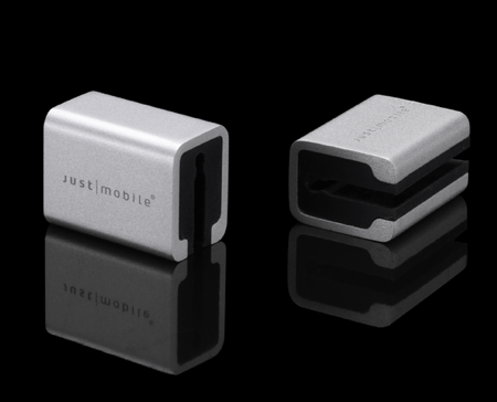 Just Mobile AluCube Mini Joins the Tangled Cable War