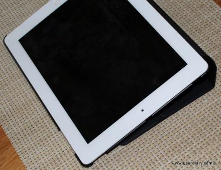 Gear Diary iLUV Epicarp Case iPad New 011