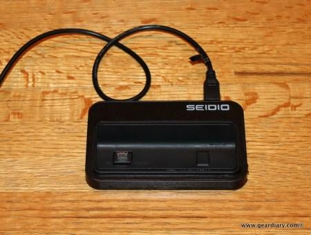 Gear Diary Seidio HTCCradle 20 2