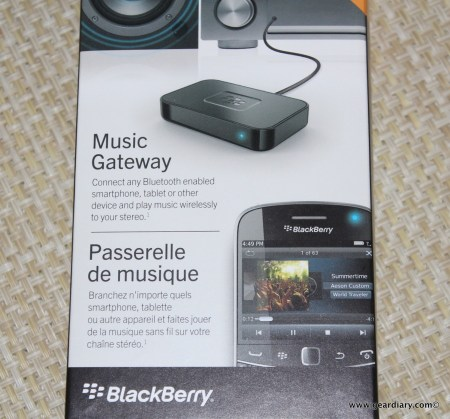 BlackBerry Music Gateway Lets You Go Wireless with Bluetooth and NFC