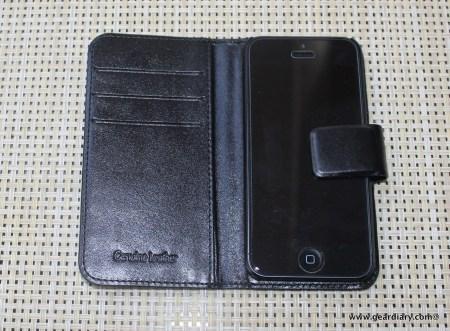 Sena Magia Wallet for iPhone 5 Review  Sena Magia Wallet for iPhone 5 Review  Sena Magia Wallet for iPhone 5 Review