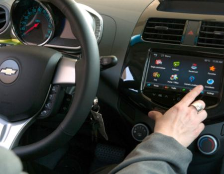 GM Opening Vehicle Framework for New Apps, Developers