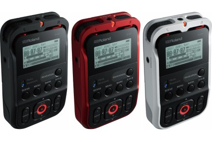 Roland announces the R-07 audio recorder