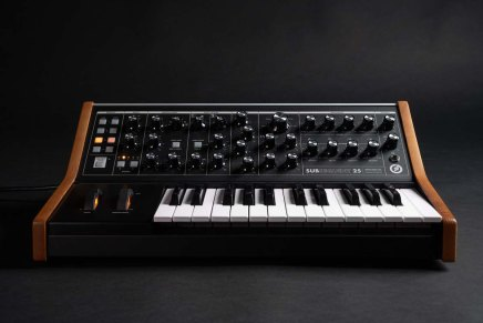 Moog Introduces Subsequent 25 paraphonic synthesizer