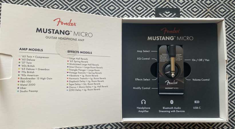 Fender Mustang Micro .What's in the box?