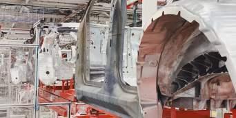 tesla-model-y-body-shop-chassis-3