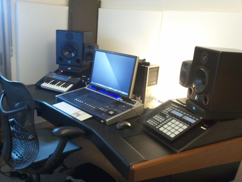 monitors for a bedroom studio? - gearslutz pro audio community