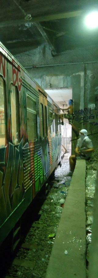 Subway-climbers