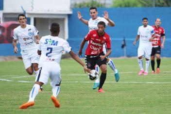 Na segunda partida como titular, Felipe Garcia teve novamente grande atuação. Foto: Jonathan Silva