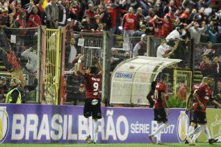 No último jogo em casa, contra o Juventude, bom público e vitória com gol de Lincom. Foto: Gustavo Pereira