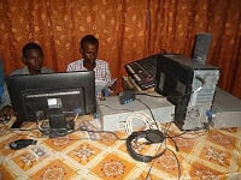 Idaacad FM Baardheere 1