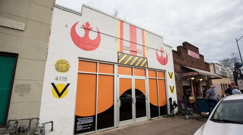 Les Images de l'Exposition Star Wars de Mike Mitchell à la Galerie Mondo !