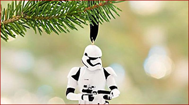 Quand les stormtroopers font leur sapin de Noël ...