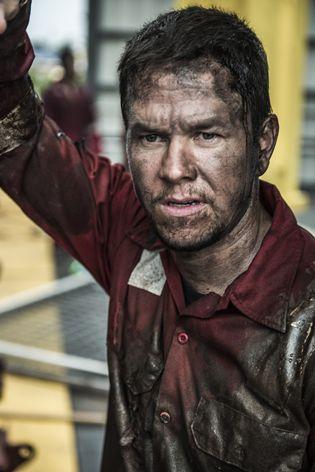 Deepwater-Horizon-Mark-Wahlberg-First-Look