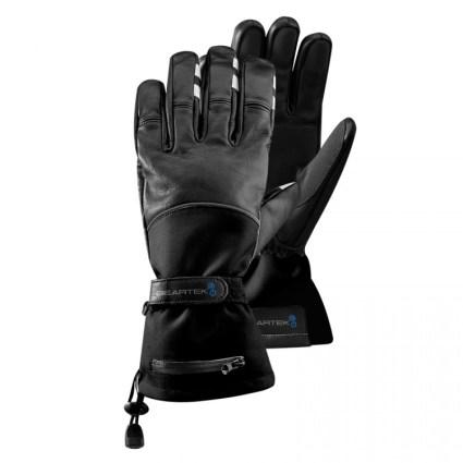 Non solo guanti da motocicletta: questi hanno dei pulsanti sui polpastrelli per scattare foto con la Go Pro e rispondere alle chiamate via Bluetooth (Beartek)