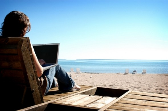 3 Ways to Create a Workspace for Your Online Business
