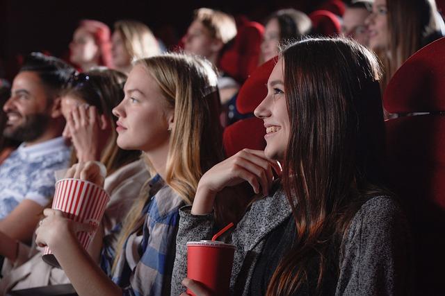 movie review essay