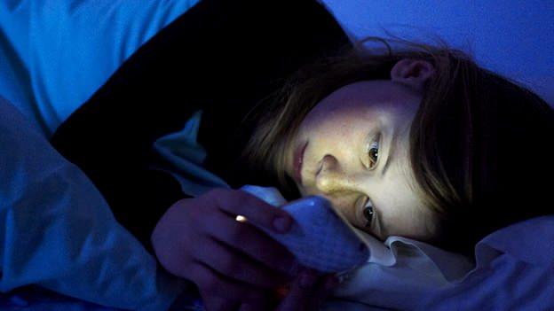 Enviar Mensajes de texto mientras dormimos