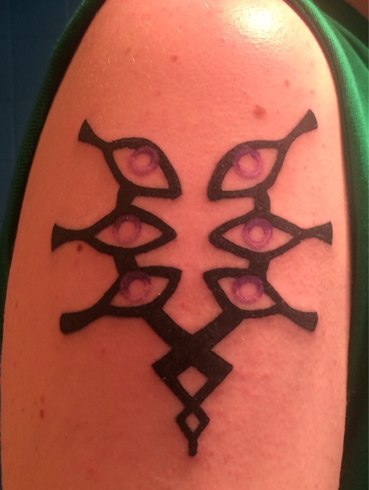 https://www.reddit.com/r/fireemblem/comments/2bqrgr/just_got_my_first_tattoo_today_my_mark_of_grima/