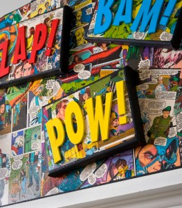 Decorate-a-canvas-with-comic-books-and-Mod-Podge