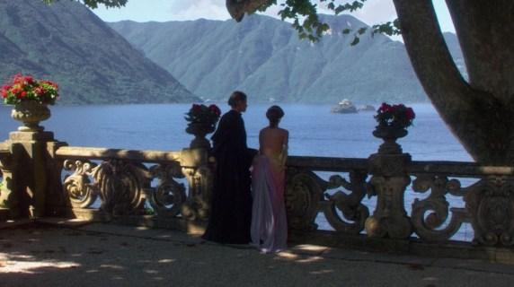 Anakin Skywalker (z lewej) i Padme Amidala