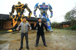 Transformers construits chine voitures pièces recyclage (1)