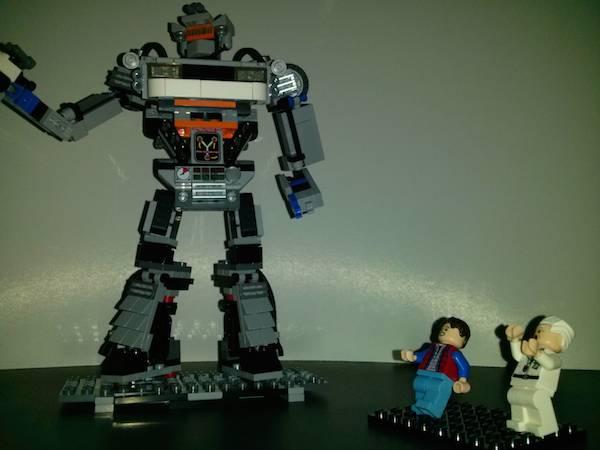 delorean lego robot (1)