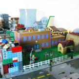 lego-simpson-springfield-ville-set (4)