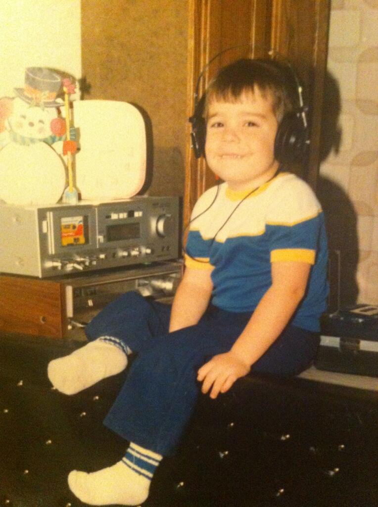 @grabasandwich's father's 70s vintage Pioneer headphones