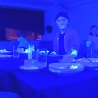 Black Light Experiment Revealed How Quickly Covid-19 Virus Can Spread At A Restaurant