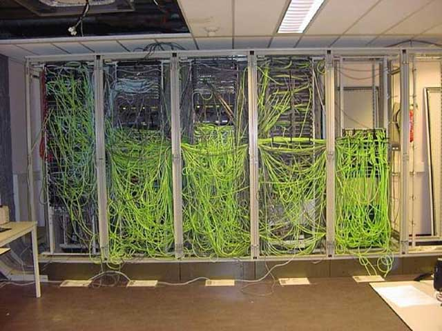Stupendous Network Cable Management Done Wrong Wiring 101 Mecadwellnesstrialsorg