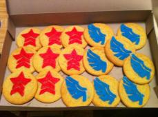 Paragon and Renegade cookies by Sammyhime