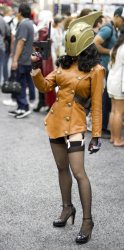 Lady Rocketeer- SDCC 2012 - San Diego Shooter