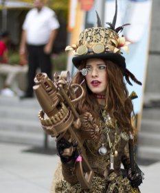 Steampunk Lady - SDCC 2012 - San Diego Shooter