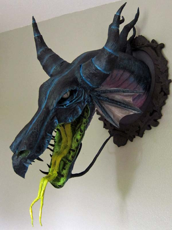 Paper Mache Tiamat Dragon – Green assembly | Gourmet Paper Mache Blog | 800x600