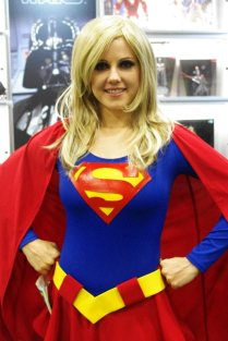 Super Girl - SDCC 2012 - Aggressive Comix