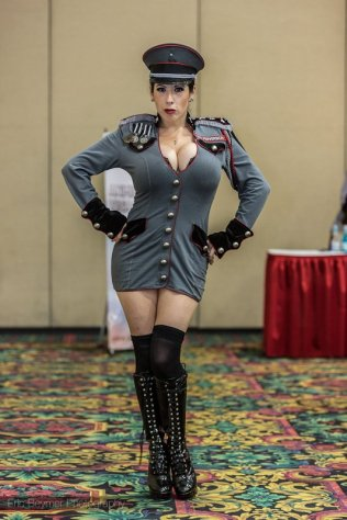 Unknown Costume @ Las Vegas Comic Expo 2012 – Picture by Eric Beymer