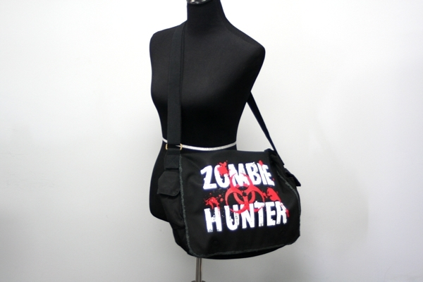 Zombie-Hunter-Messenger-Bag-2