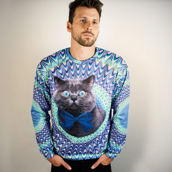 Psychedelic-Cat-Sweater