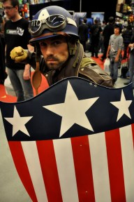 Captain America - Montreal Comic Con 2013 - Picture by Geeks are Sexy
