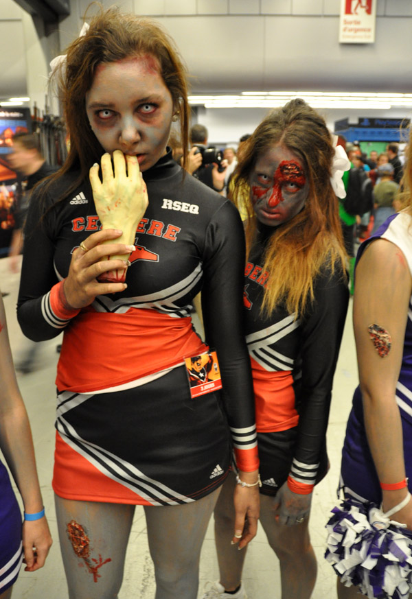 Zombies! - Montreal Comic Con 2013 - Picture by Geeks are Sexy
