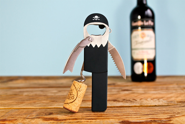 Pirate-corkscrew