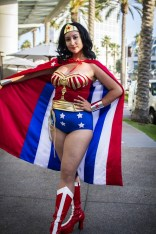 Wonder Woman - SDCC 2014 - Geeks are Sexy