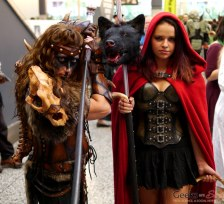 Little Red Riding Hood and Warrior – Montreal Comic Con 2014 – Photo by Geeks are Sexy