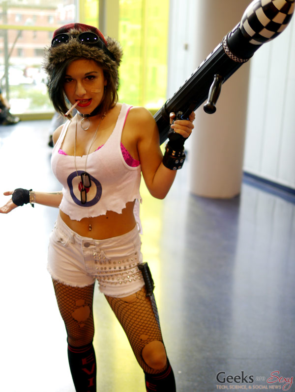 tank girl montreal comic con 2014 photo by geeks are sexy